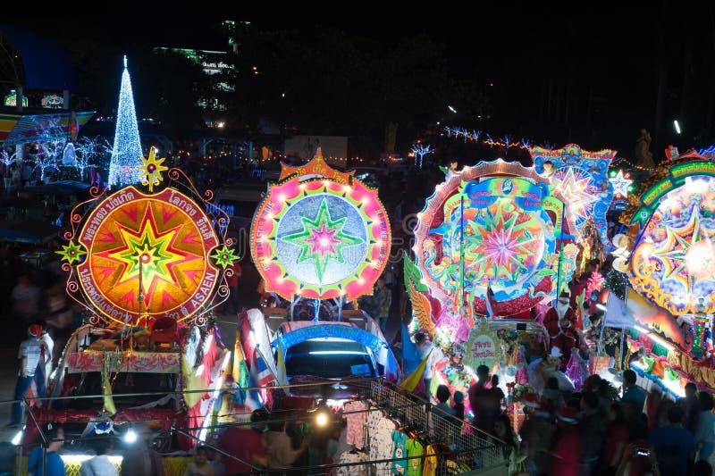 Парад фестиваля звезды рождества в Sakon Nakhon, Таиланде стоковые фото
