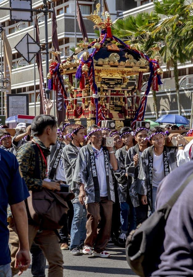 Парад Mikoshi от Японии в фестивале 2019 Азии Африки стоковое фото rf