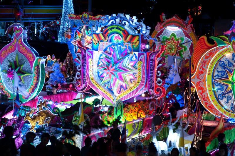 Парад Sakon Nakhon фестиваля звезды рождества в Таиланде стоковое изображение rf