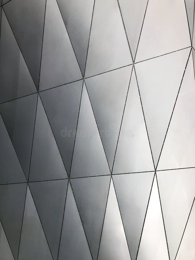 Параметрические алюминиевые панели Плакирование фасада стоковые фото