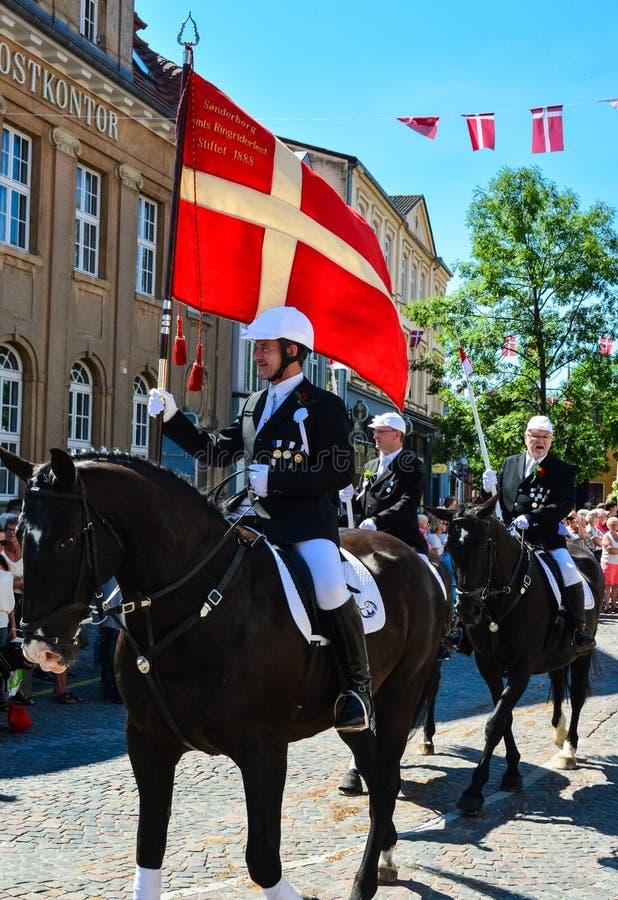 Парад всадников, Sonderborg, Дания (3) стоковые фото