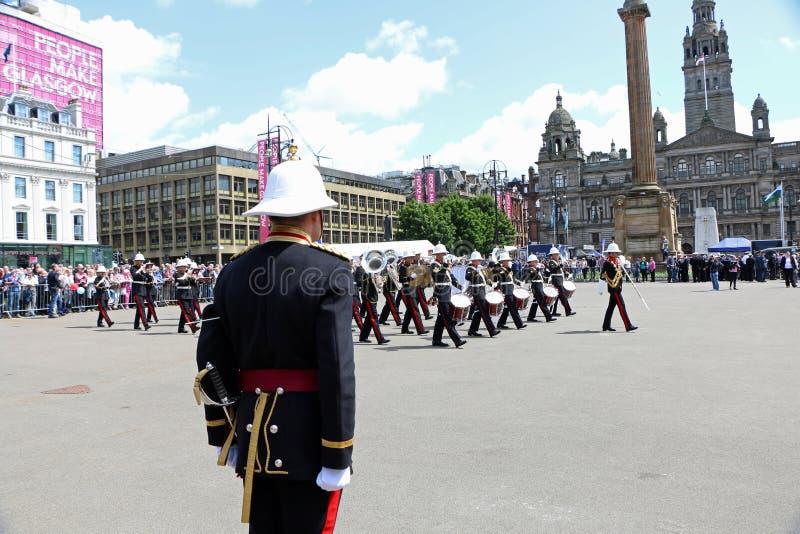 Парад Глазго день памяти погибших в первую и вторую мировые войны стоковое изображение