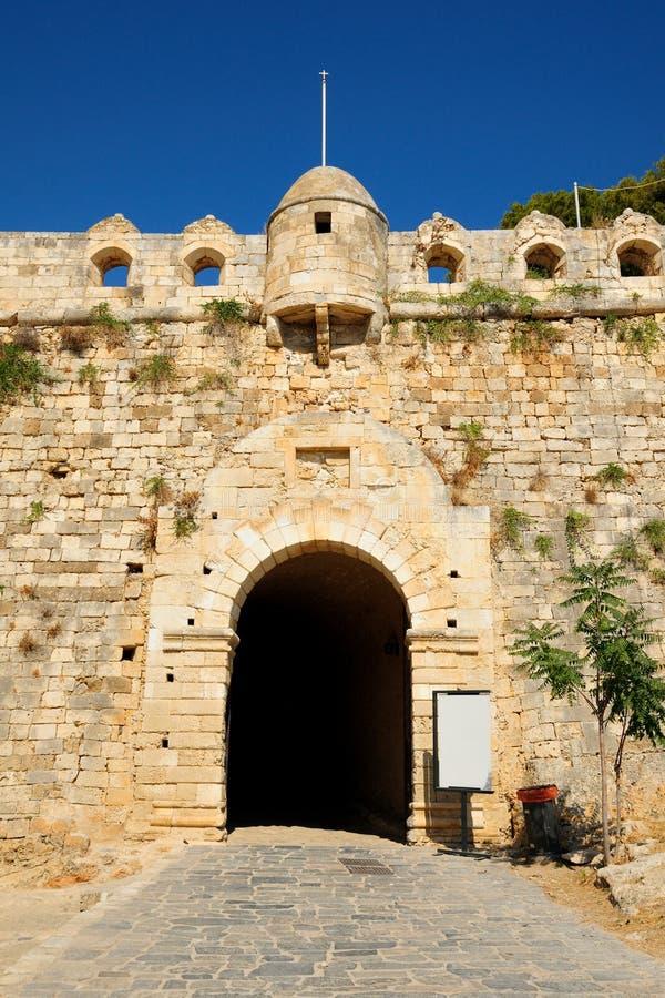 Парадный вход к крепости Fortezza в городе Rethymno, Крита стоковое фото