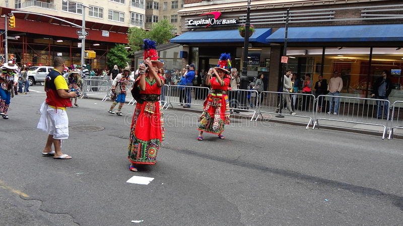 Парад Нью-Йорк 5 2013 танцев стоковые фотографии rf