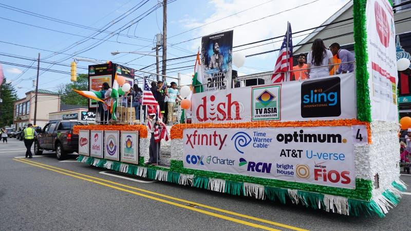 парад дня Индии 2015 ежегодников в Edison, Нью-Джерси стоковая фотография rf