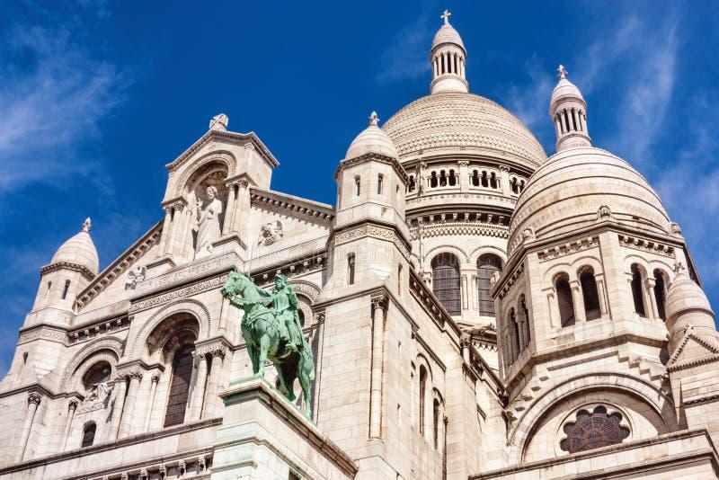 Парижское citylandscape - взгляд базилики священного сердца Парижа стоковые изображения