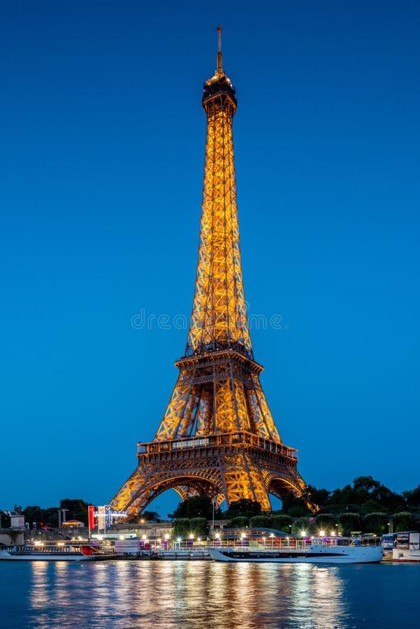 ПАРИЖ - 12-ОЕ ИЮЛЯ 2013 стоковые фото