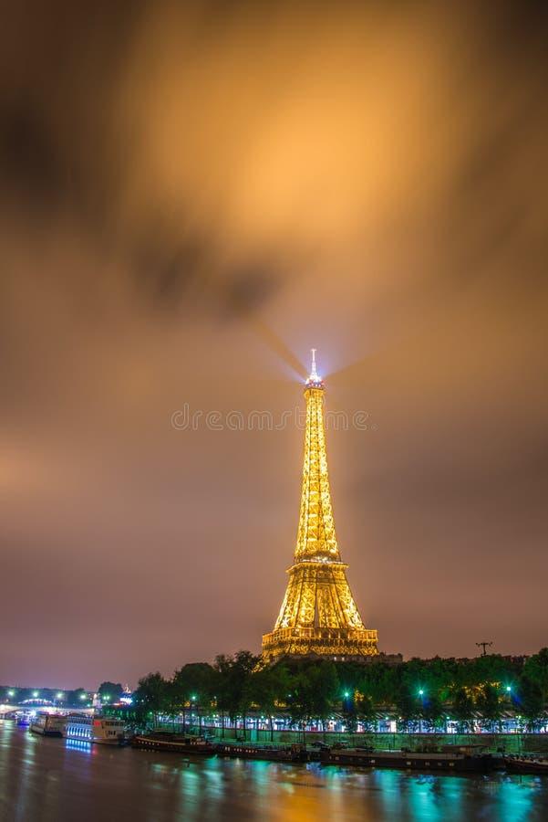 ПАРИЖ - 12-ОЕ ИЮЛЯ 2013 стоковые изображения