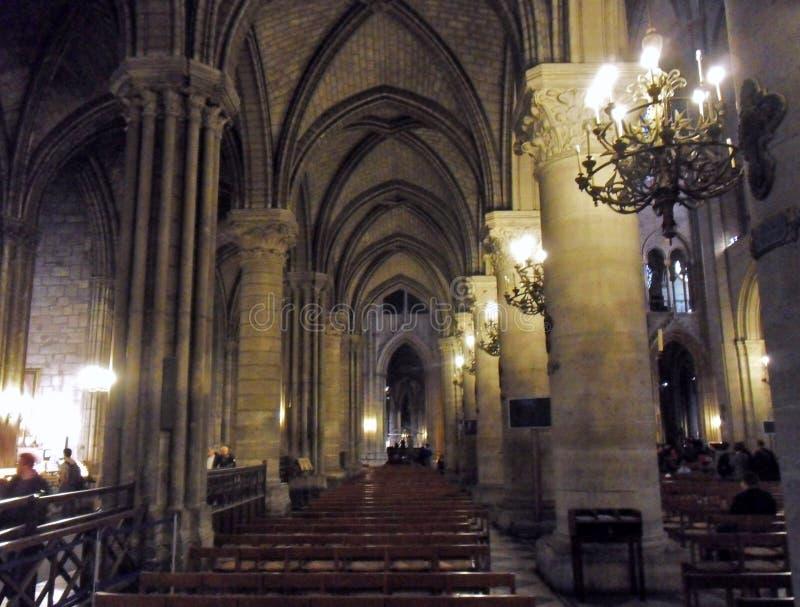 Париж - проход собора Нотр-Дам стоковая фотография rf