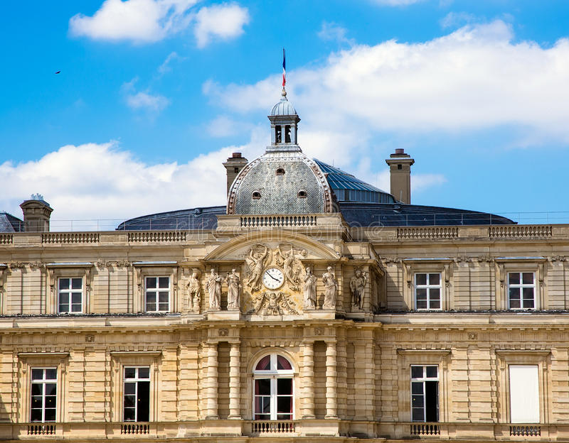 ПАРИЖ, ФРАНЦИЯ, взгляд на дворце Люксембурга стоковая фотография