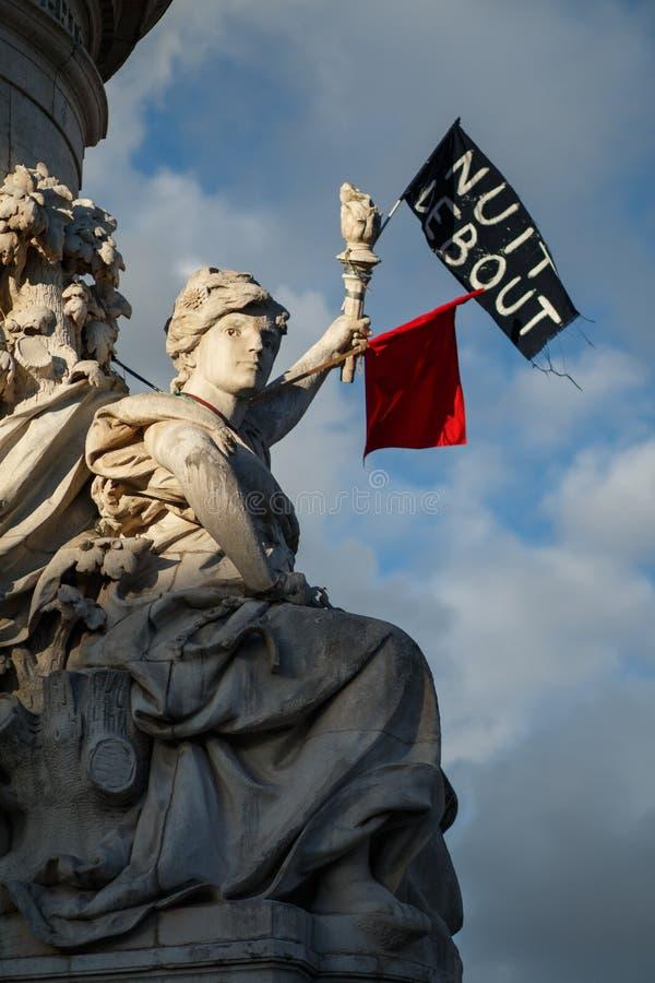 Париж, Place De La Republique, статуя свободы стоковая фотография