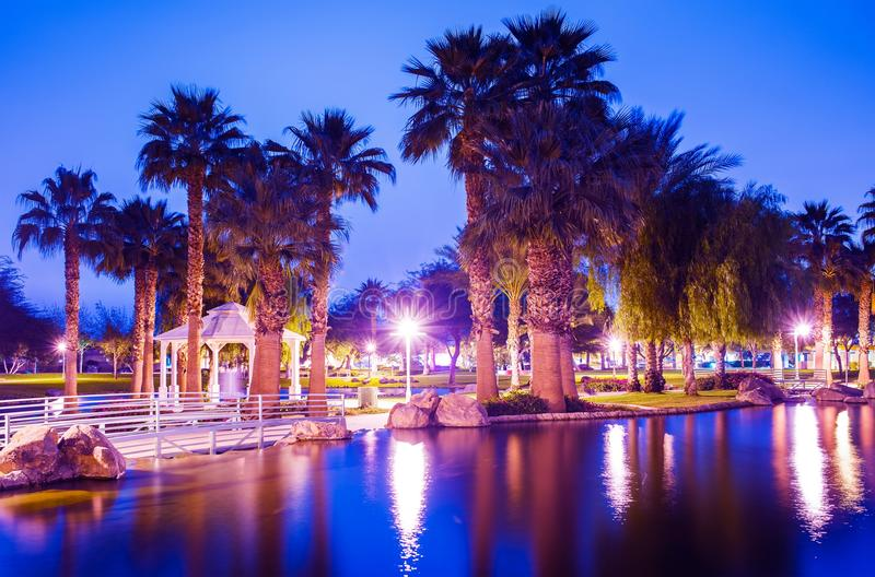 Парк города La Quinta на ноче стоковое фото