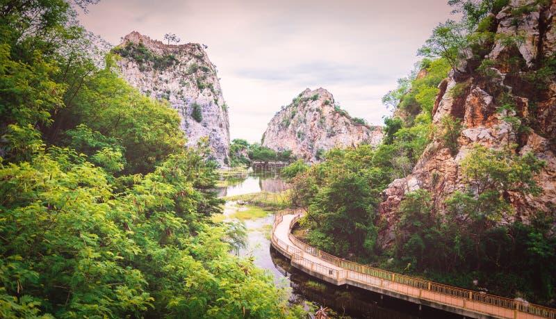 Парк камня Khao Ngu на Ratchabri, Таиланде стоковые изображения