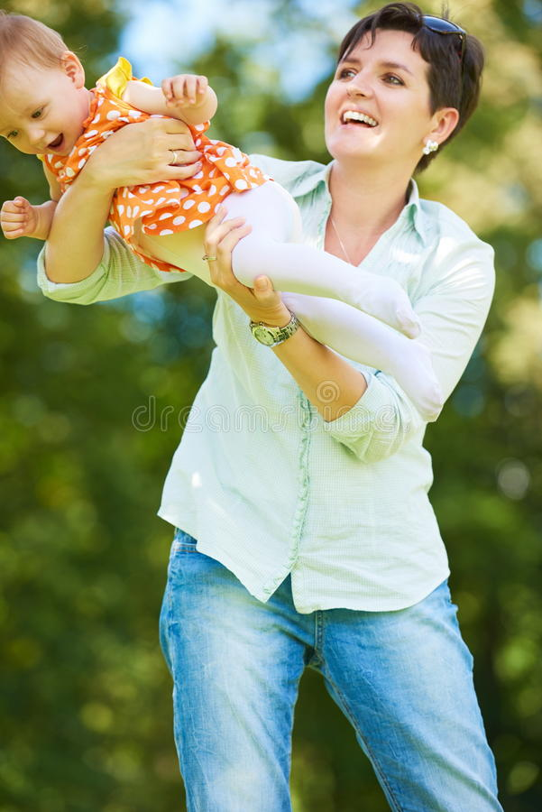 парк мати младенца стоковое изображение