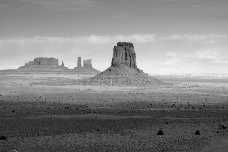 Парк Навахо долины памятника племенной стоковые фото
