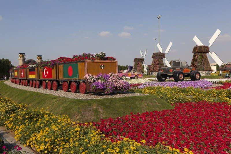 Парк цветка в Дубай (сад чуда Дубай) арабские соединенные эмираты стоковая фотография rf