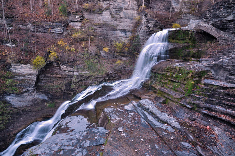 Парк штата Роберта Treman, Ithaca, NY стоковое изображение rf