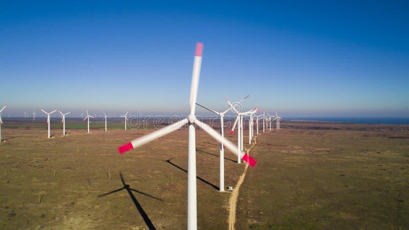 Парк энергии ветротурбин стоковая фотография