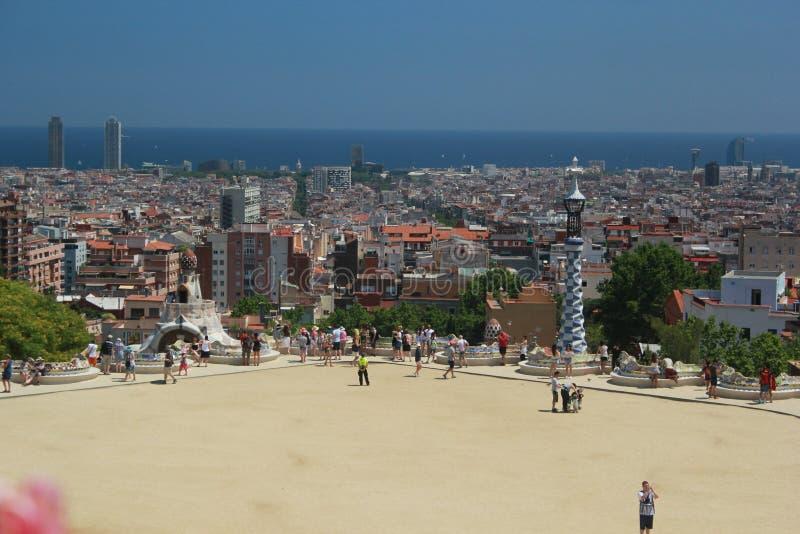 Парк Guell и взгляд Барселоны стоковое фото