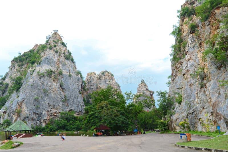 Парк Khao Ngu каменный в Ratchaburi, Таиланде стоковое фото rf