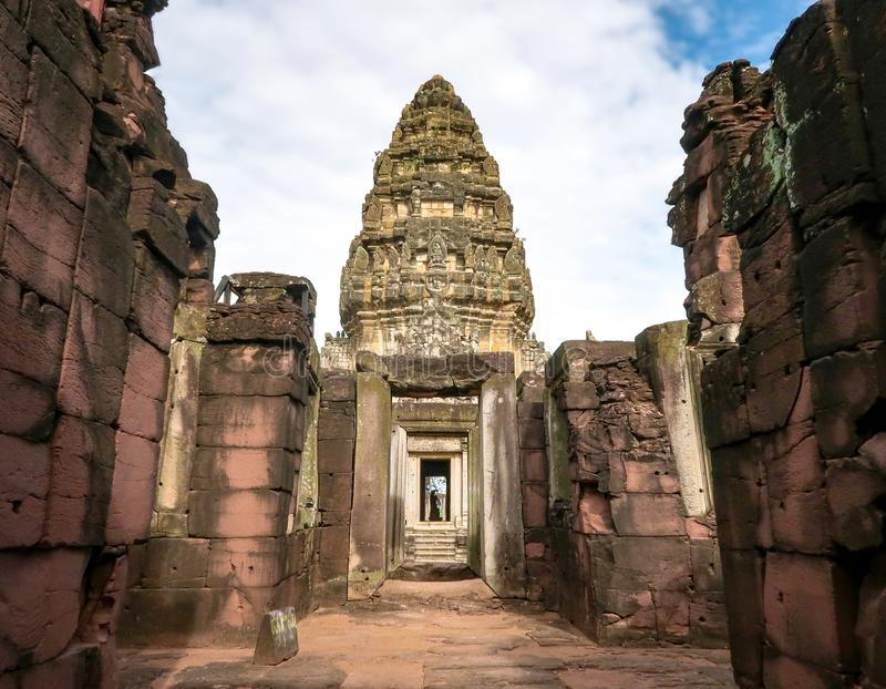 Парк Phimai исторический, Prasat Hin Pimai в Nakhon Ratchasima, Таиланде стоковая фотография rf