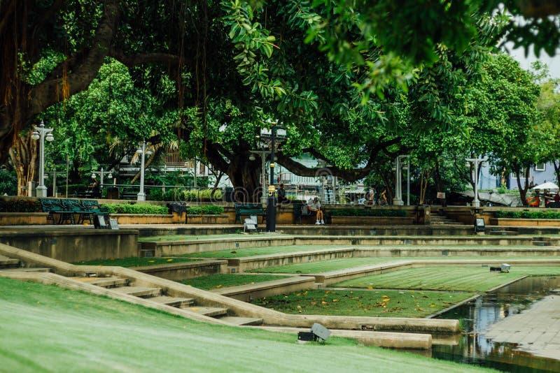 Парк Santichai Prakarn, дорога Phra Athit, Бангкок, Таиланд стоковое фото