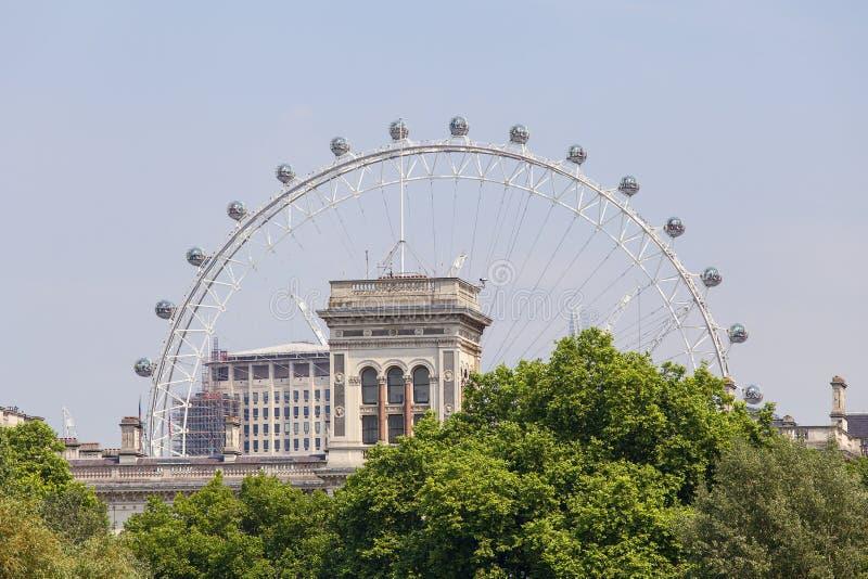 Парк St James около Букингемского дворца, города глаз Вестминстера, Лондона, Лондон, Великобритания стоковая фотография
