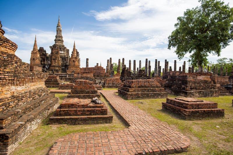 Парк Sukhothai исторический, висок Mahathat, Таиланд стоковая фотография