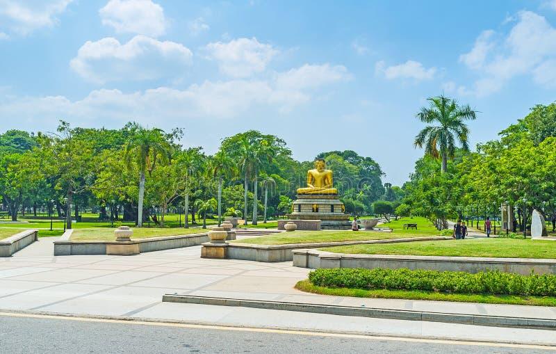 Парк Viharamahadevi посещения в Коломбо стоковые фотографии rf