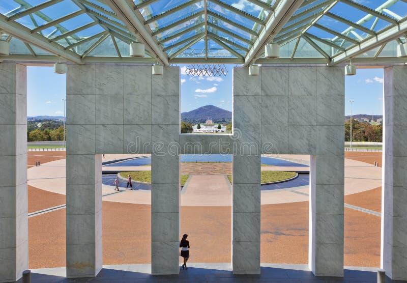 парламент дома forecourt Австралии стоковое изображение rf