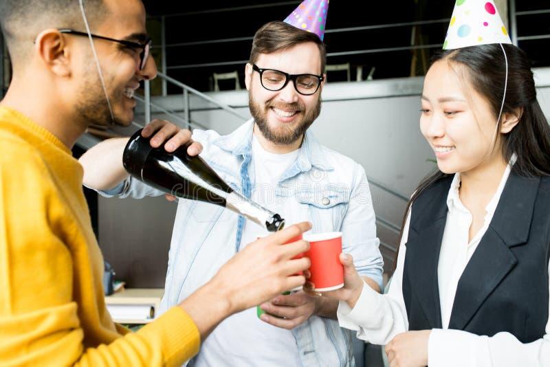 Партия в офисе стоковое фото