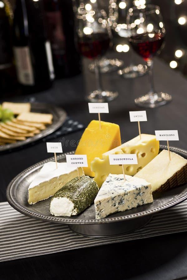 Партия дегустации сыра Новогодней ночи стоковая фотография