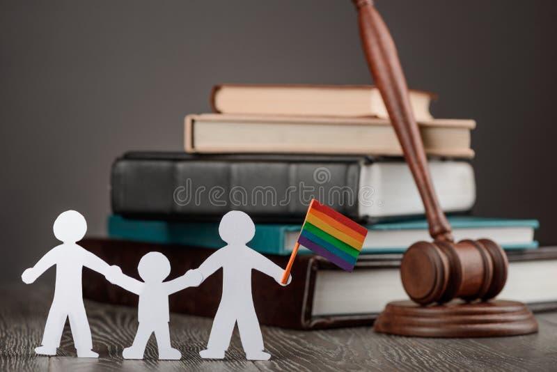 пары гея с ребенком стоковое изображение rf