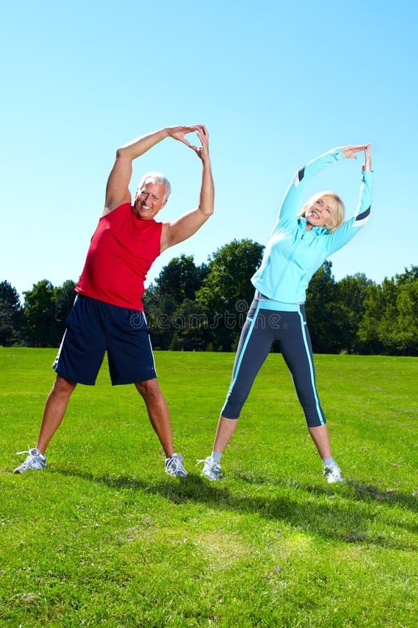 Пары фитнеса. стоковые изображения rf