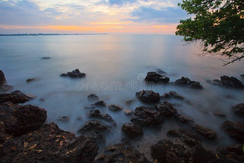 пасмурный восход солнца дня стоковые изображения rf