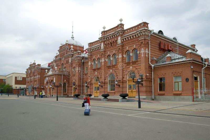 Пасмурный день на здании железнодорожного вокзала kazan стоковая фотография rf