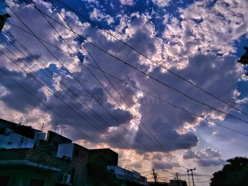 Пасмурный, солнечный стоковая фотография rf