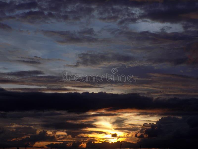 Пасмурный сумрак стоковое фото rf