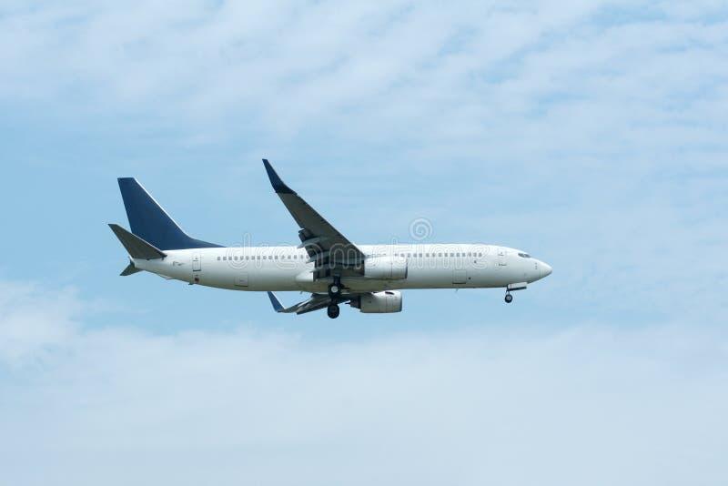 Пассажирский самолет стоковое изображение