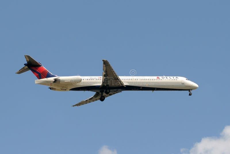 пассажир двигателя перепада авиакомпаний стоковое изображение rf