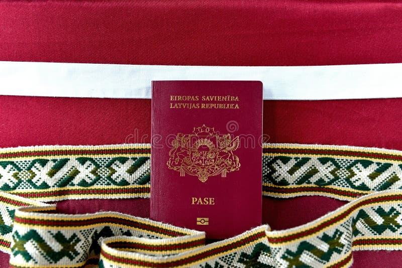 Пасспорт Латвии стоковое изображение