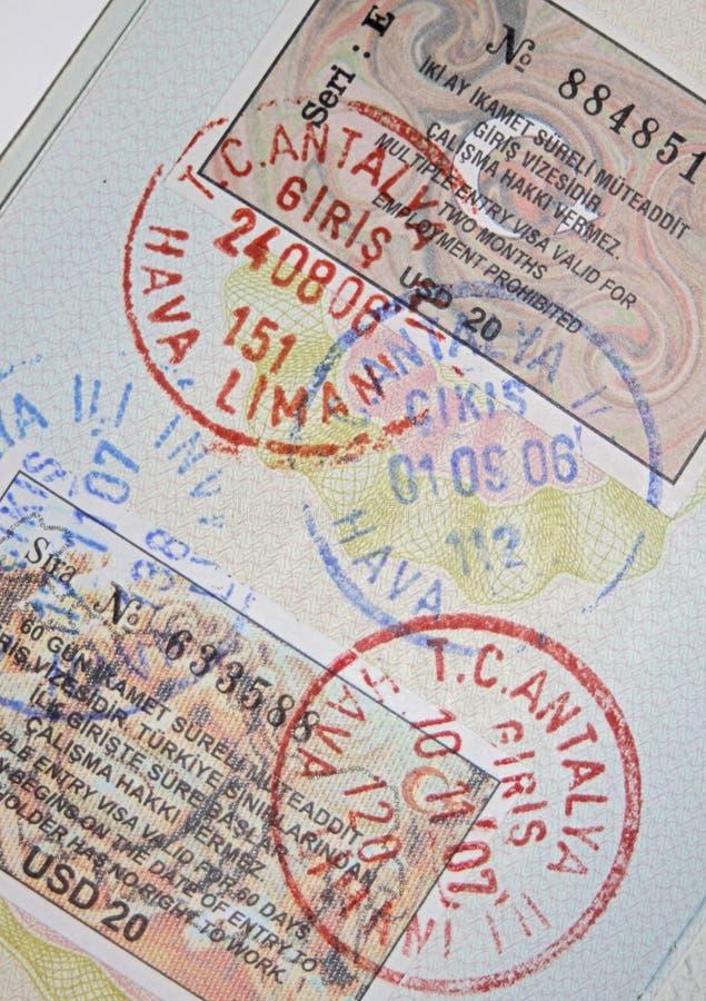 пасспорт штемпелюет турецкие визы стоковое фото rf