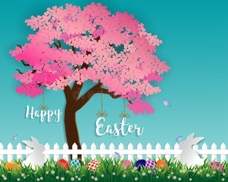 Пасхальные яйца на зеленой траве в саде с белыми кроликами, маленькой маргариткой и бабочкой под деревом Сакуры на мягкой голубой иллюстрация штока
