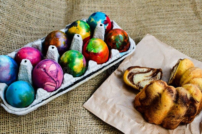 пасхальные яйца торта стоковое изображение