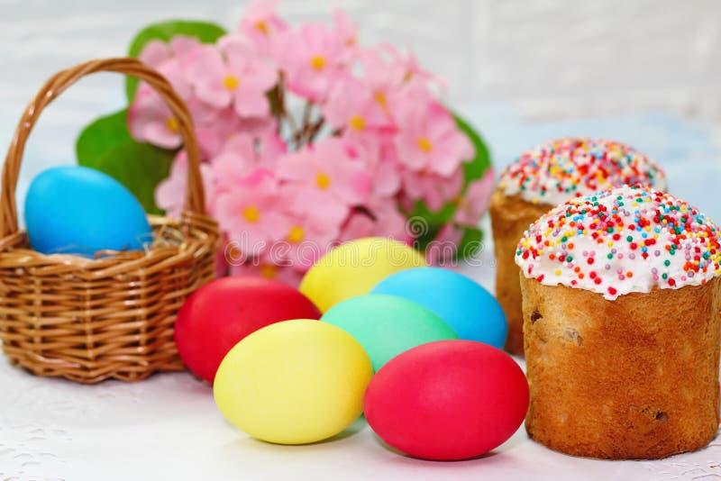 пасхальные яйца торта стоковое фото rf