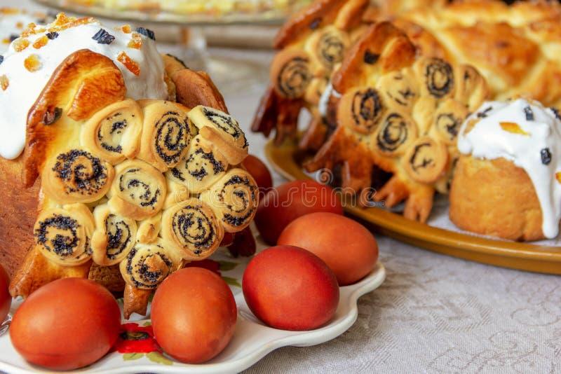 Пасха, таблица праздника стоковая фотография