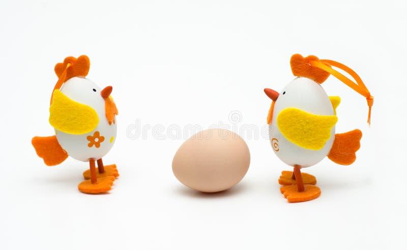 Спорить 2 пасхальных яя стоковая фотография
