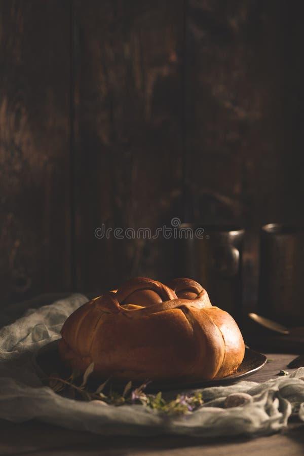 Пасха folar с яйцом стоковое фото