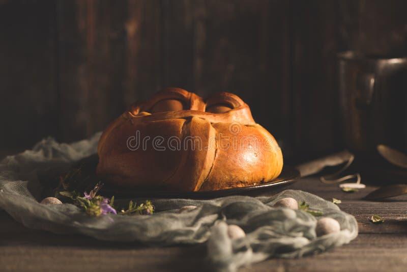 Пасха folar с яйцом стоковые фотографии rf