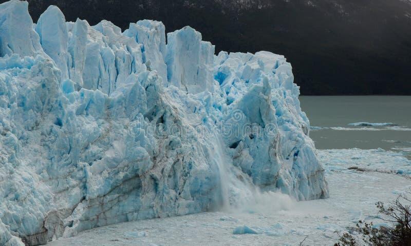 Патагонский ледник Icefall стоковое изображение rf